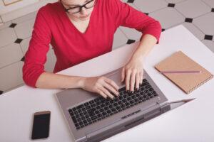 ¿Qué debes evitar como profesor al dar una clase online?